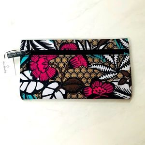 Vera Bradley Pouch NWT Canyon Road - Only One